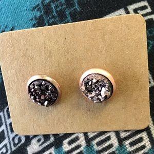 Gray stone Earrings!